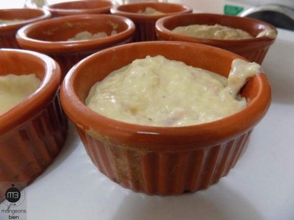 Quiches aux trois fromages et thon