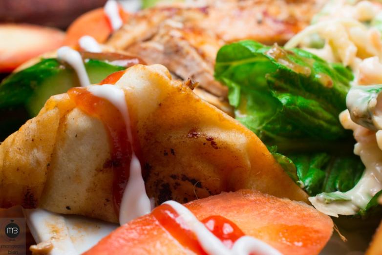 Zoom sur un plat de chawarma arabi